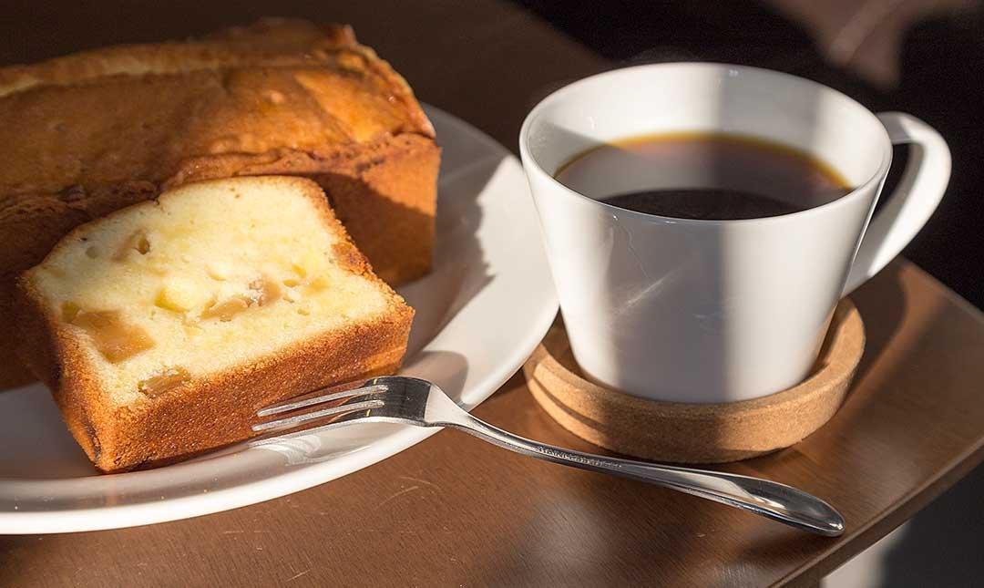 REN CAFE-美味手工磅蛋糕 + 單品咖啡