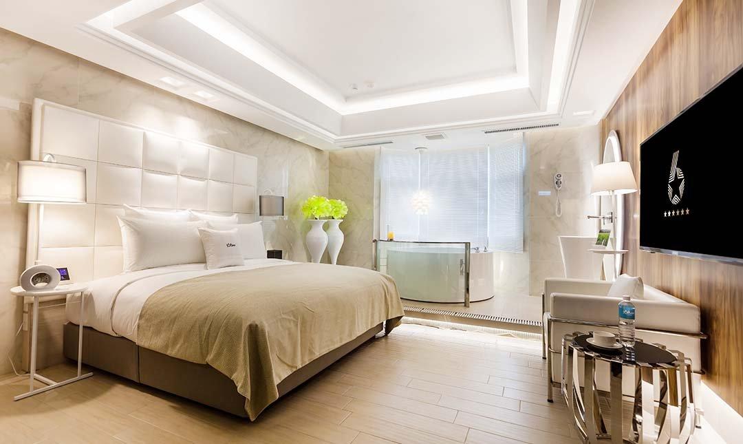 六星 桃園館 ( 原六星旅館 )-木星 圓浴缸房 3h|桃園最美房間