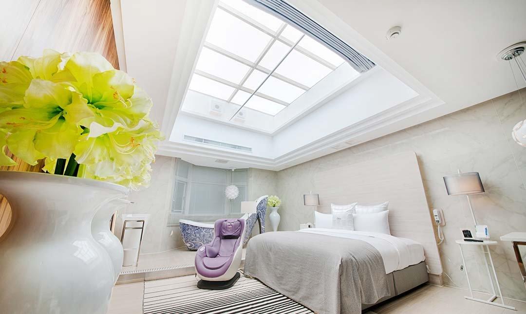 六星 桃園館 ( 原六星旅館 )-天王星 高跟鞋浴缸房|附早餐