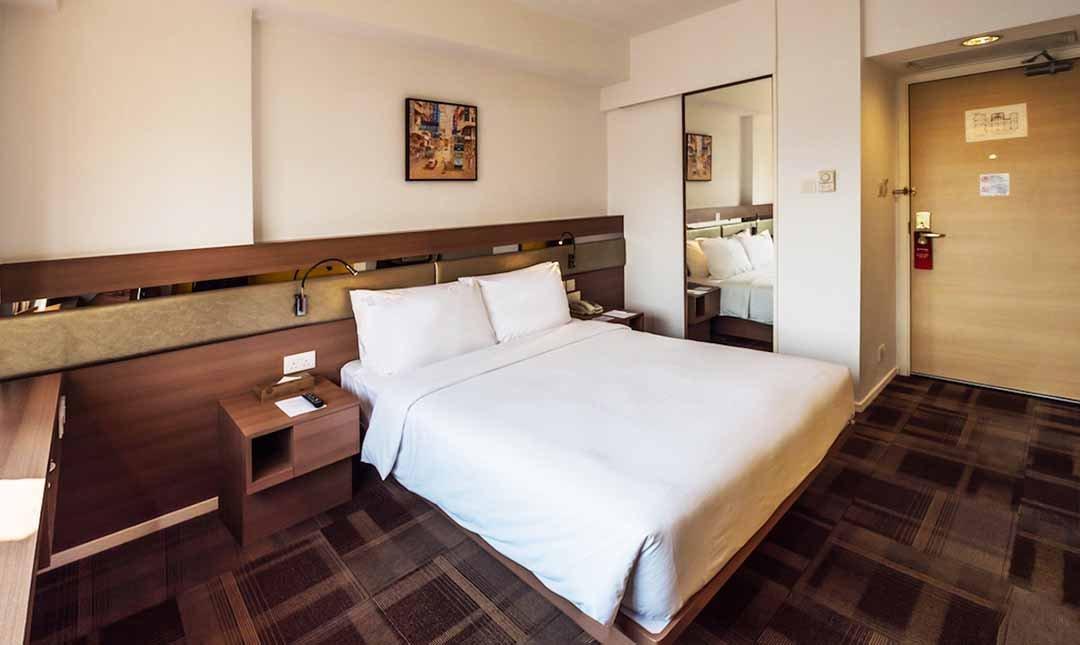 九龍彩鴻酒店 Travelodge Kowloon-豪華雙人間 5h | 12:00-17:00