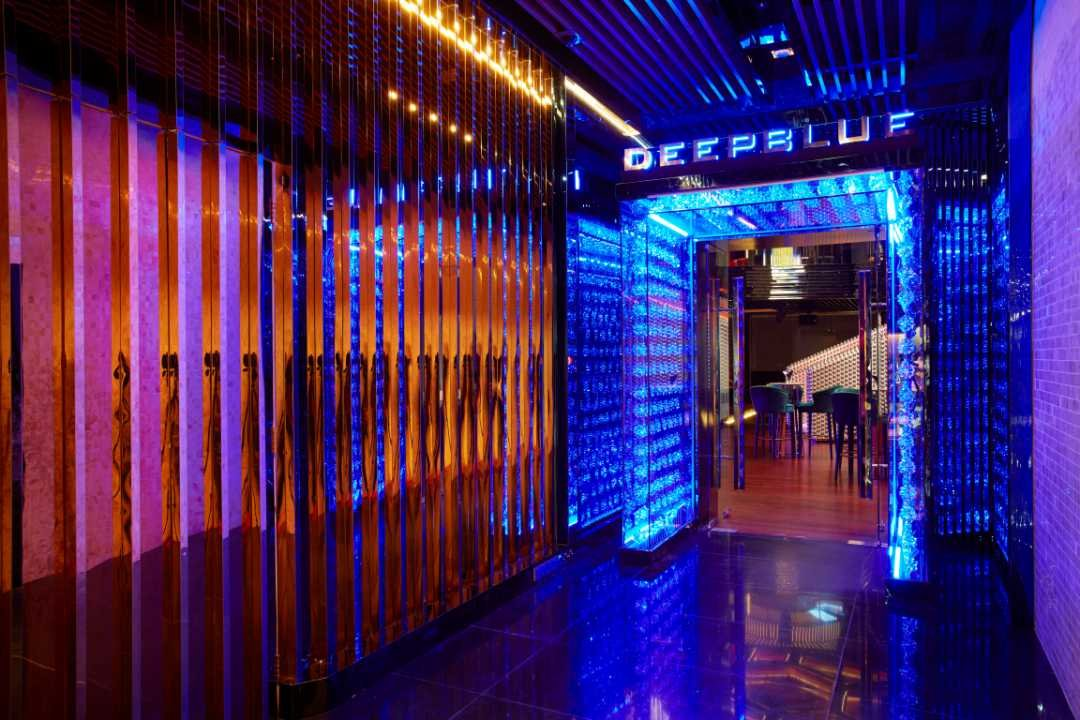 DEEP BLUE at THE FACE Suites-SOLD OUT | 1 Person | NYE Party with 1 Drink @ DEEP Blue