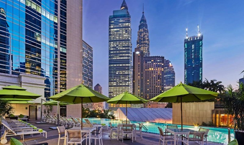 Impiana KLCC-[1 Person] Pool party with 2 wine