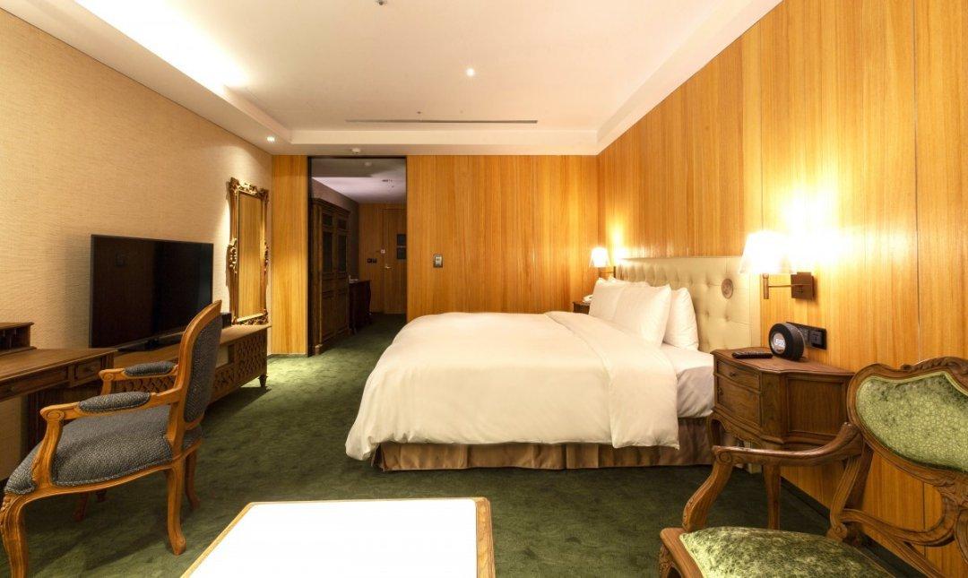 薆悅酒店 五權館-奢華歐洲風|精品客房一大床