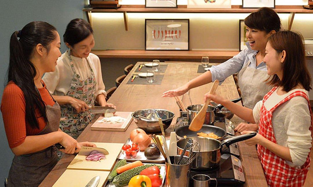 Taste of Okinawa-烹飪課程 & 歷史悠久的市場之旅