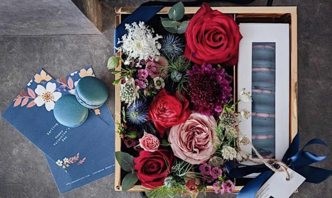 Daun & Petals-Valentine's Edition | Deeper In Love