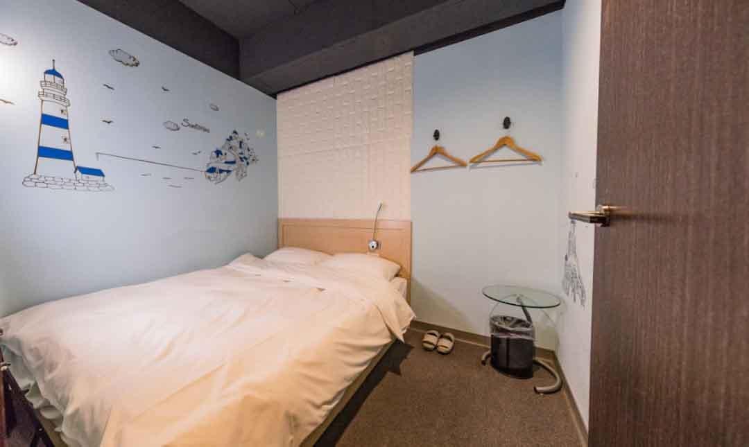 泊客青旅-精緻雙人房|公共浴廁
