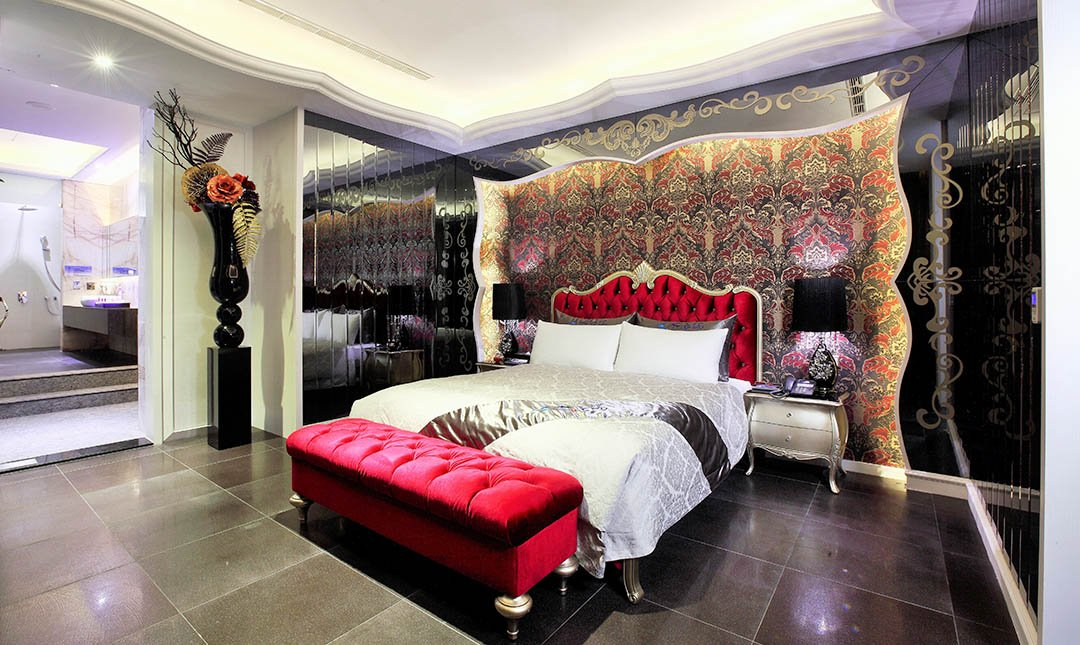 Mulan Villa Spa Motel Taichung-KTV Deluxe Suite with Swimming Pool 3h