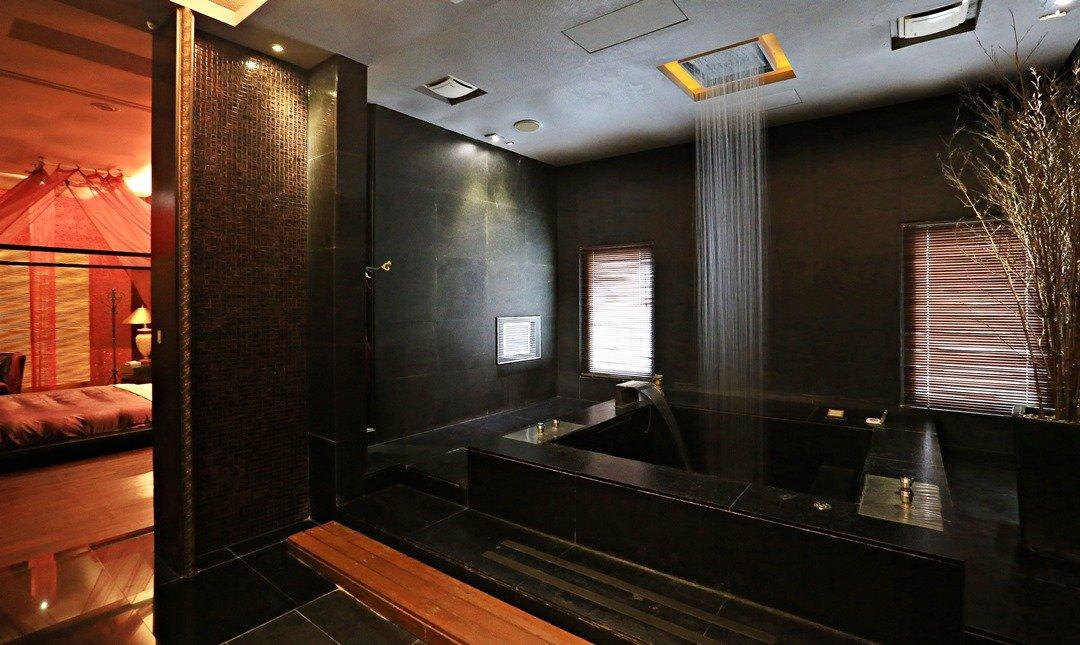 Mulan Villa Spa Motel Taichung-Double Room with Garage