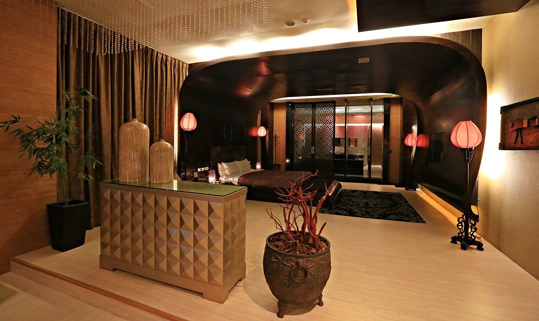 Mulan Villa Spa Motel Taichung-Double Room with Garage 3h