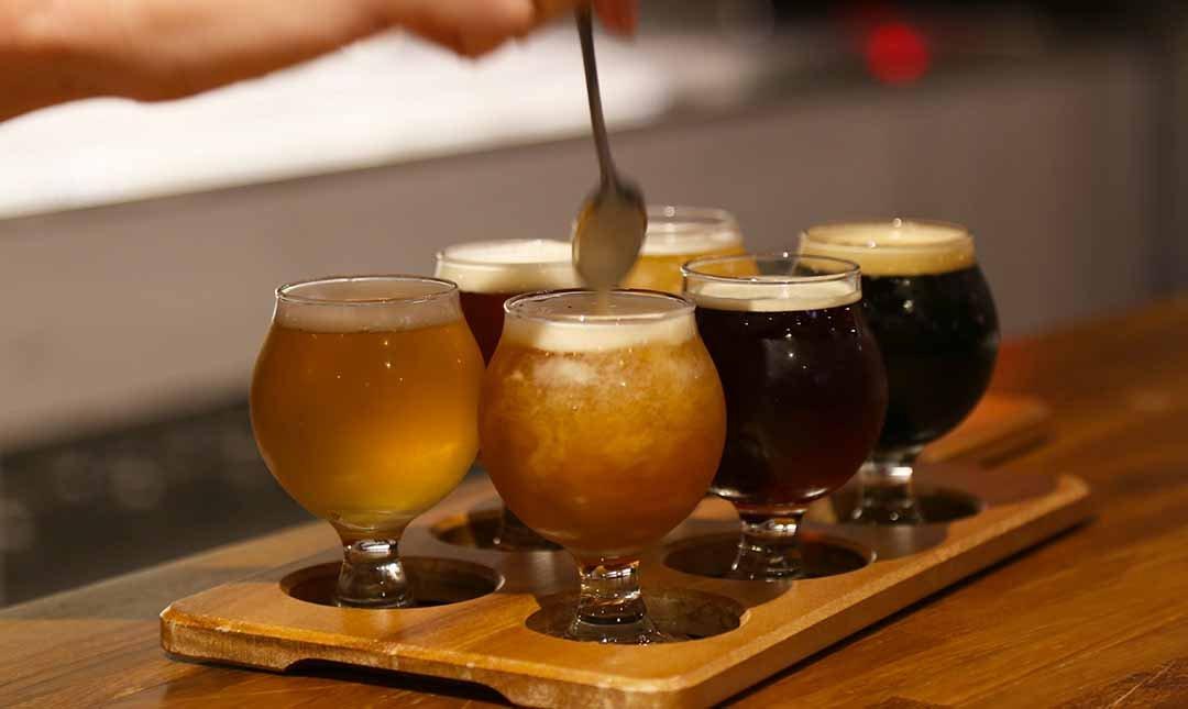 掌門精釀啤酒  台中勤美店-啤酒拼盤 6 小杯