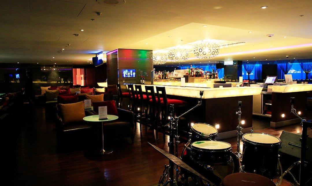 忘廊-台中亞緻大飯店 29 樓-星空調酒4 杯 + 松露薯條 + 主食