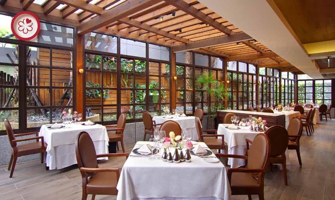米其林餐盤 | Prime One 牛排館-玻璃屋庭園 | 雙人午間料理