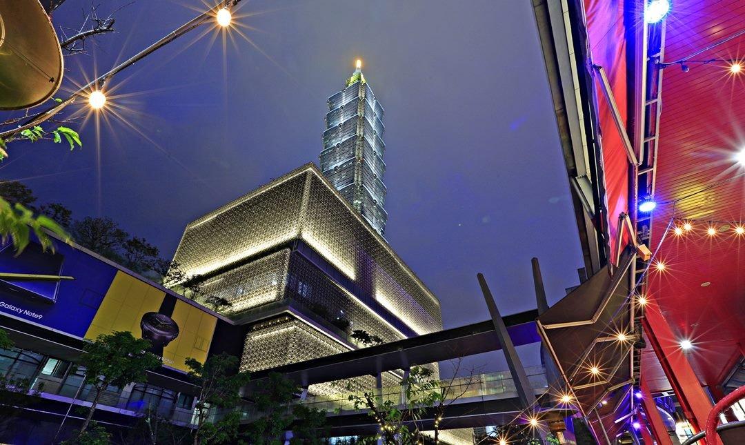 龍波斯特 信義威秀店 | 世貿/101站-單人調酒站票 | 101 搖滾區
