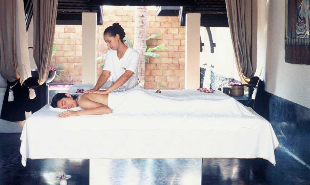 Mandara Spa - The Renaissance-2 Person | 2 Hours Massage + Spa