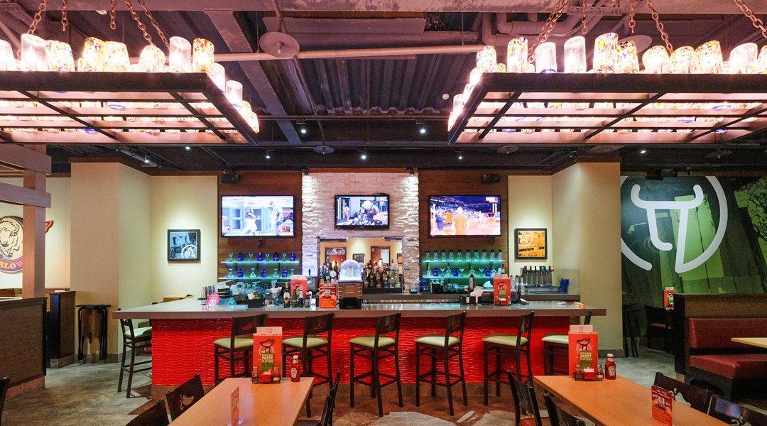 Chili's 美式餐廳 大直店-現場 550 元折抵   限內用