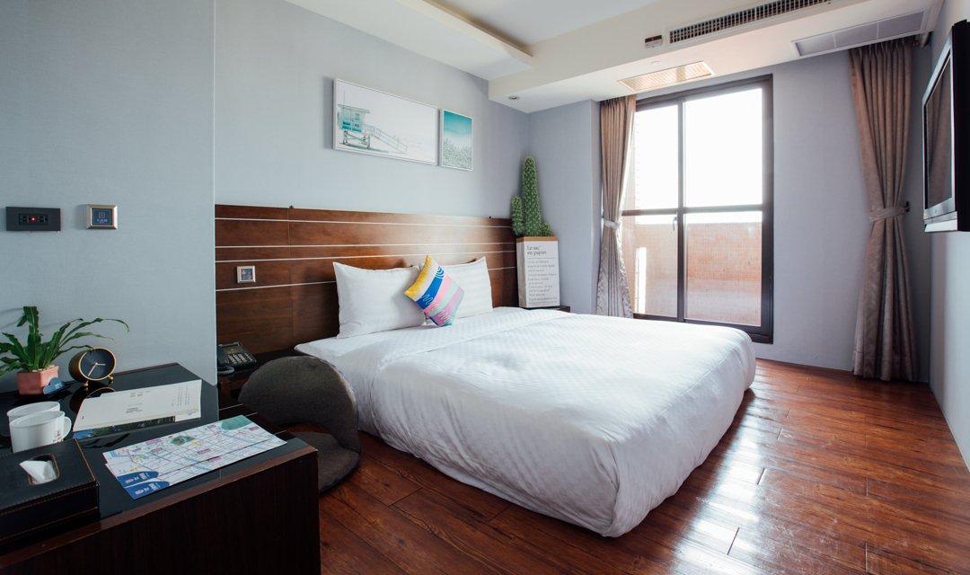 夢想 12 旅店-高級雙人房|喚起童年夢想