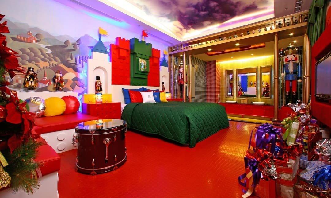 莎多堡奇幻旅館-皇后房型 12h l 20 點入住中午退房