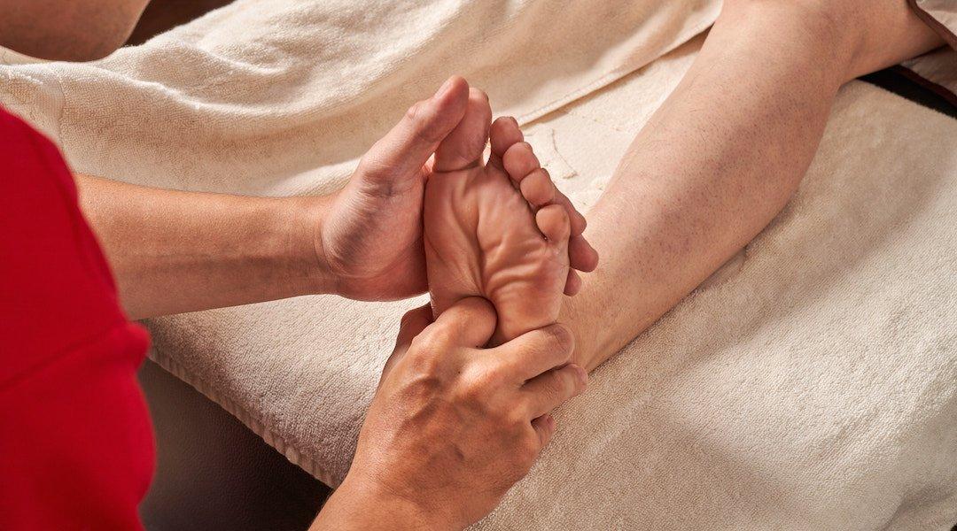 金樂足體養生會館 忠孝分館-身體指壓 + 腳底按摩 130 min