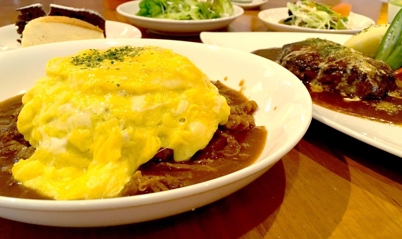 Decker's Kitchen-燉牛歐姆蛋包飯 | 贈沙拉吧