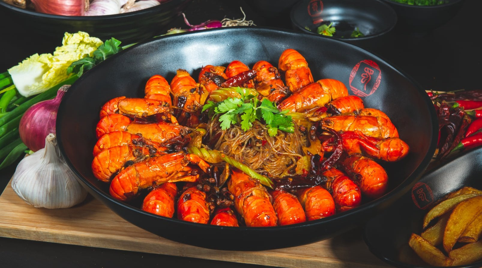 SHU Spicy Pot 蜀麻辣香锅 - Aman Suria-麻辣小龍蝦|1 公斤