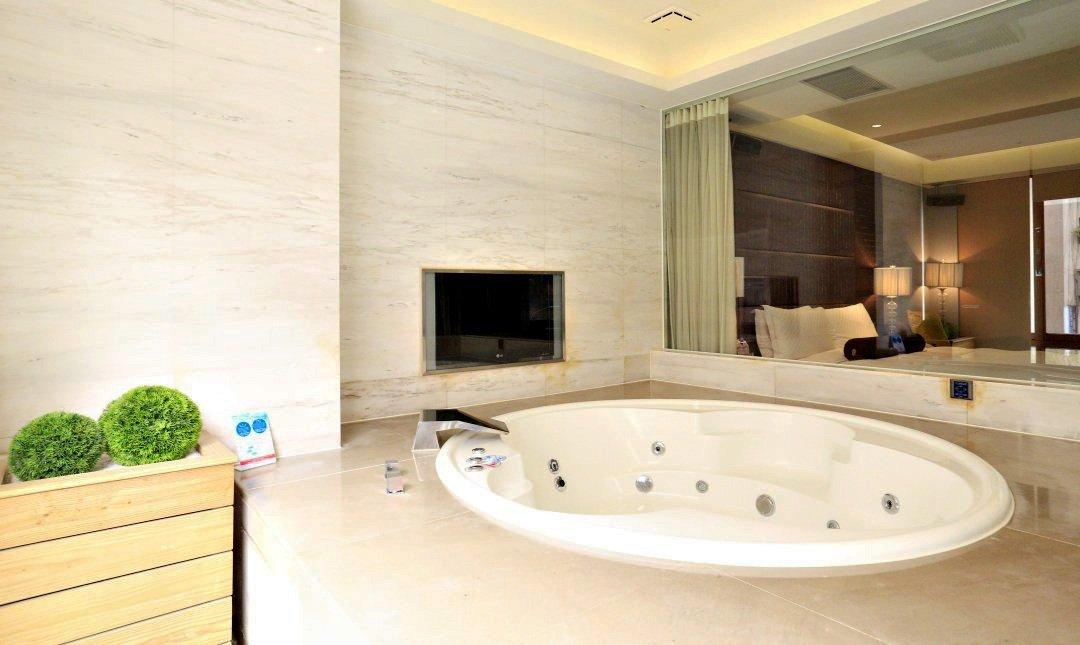 Tango Motel 天豪屋-動力車庫房 4h|按摩浴缸 + 蒸氣室