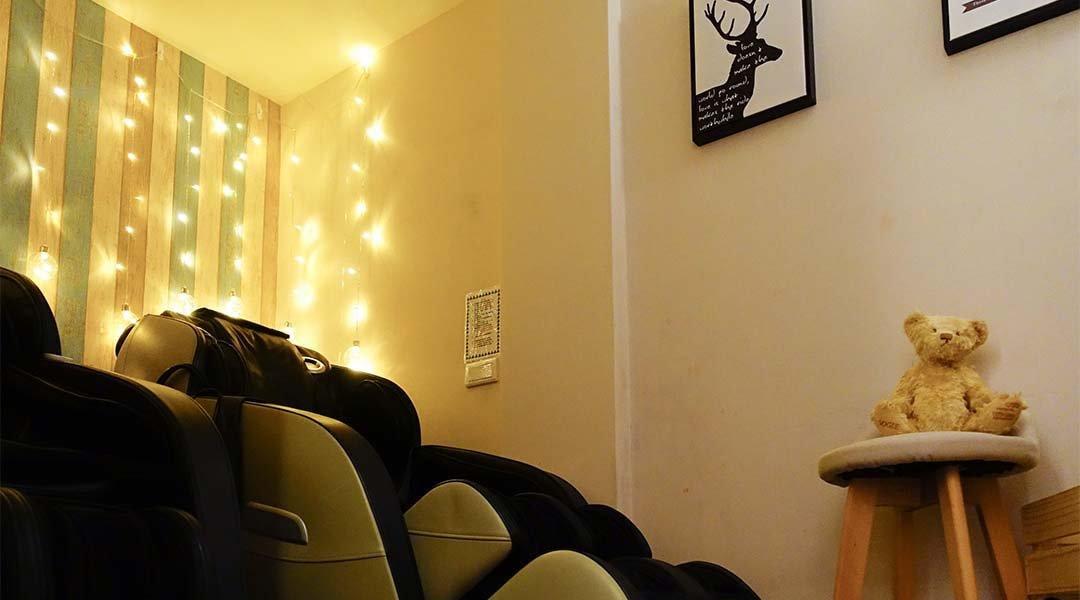 鎖睡時間-單人 80 min|主題式獨立包廂 + 零重力舒壓按摩椅