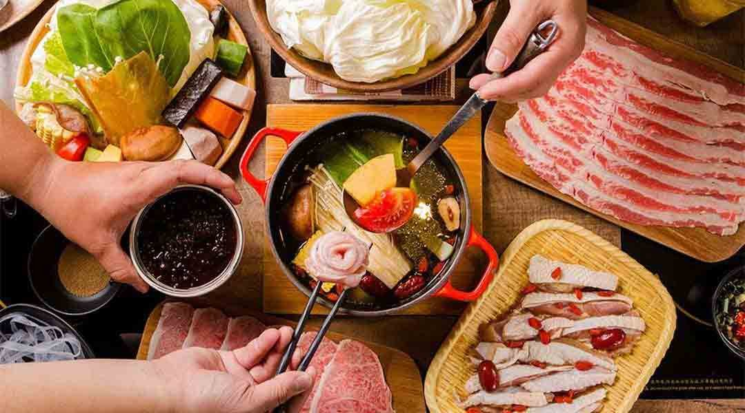 House V 好室鍋物|台中火鍋-雙人海陸套餐 |疫情期間僅供外帶
