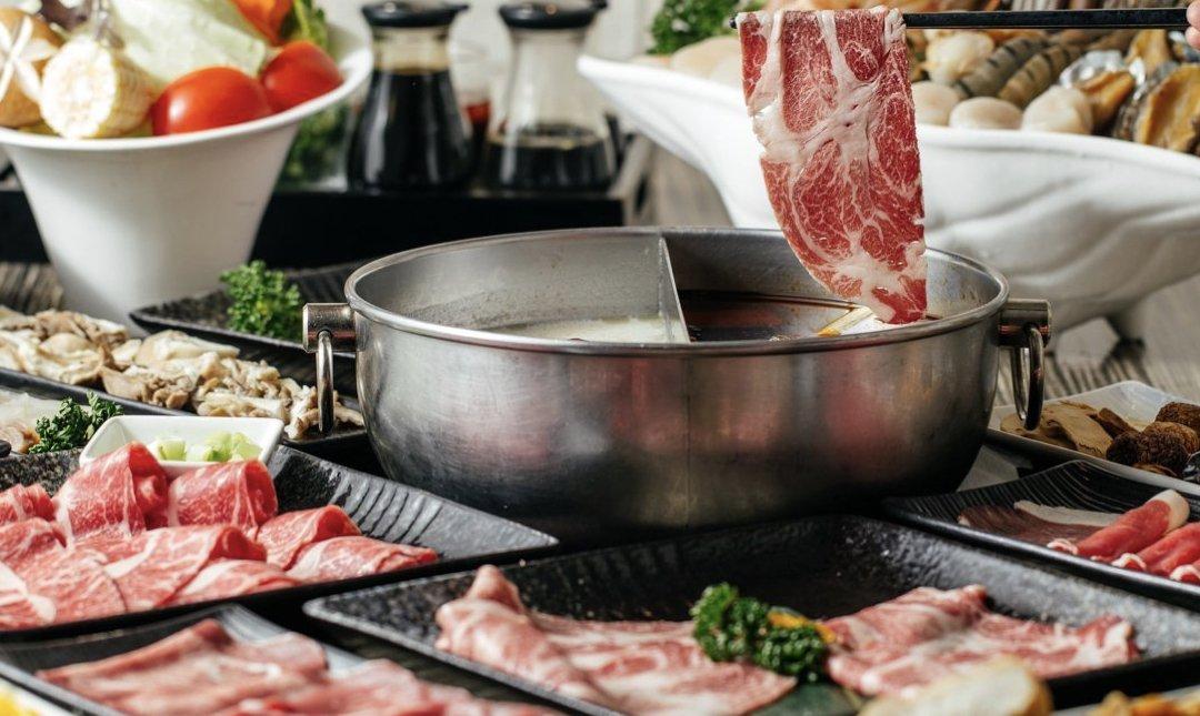 台北聚餐餐廳推薦 麻神麻辣鍋 鴨血豆腐