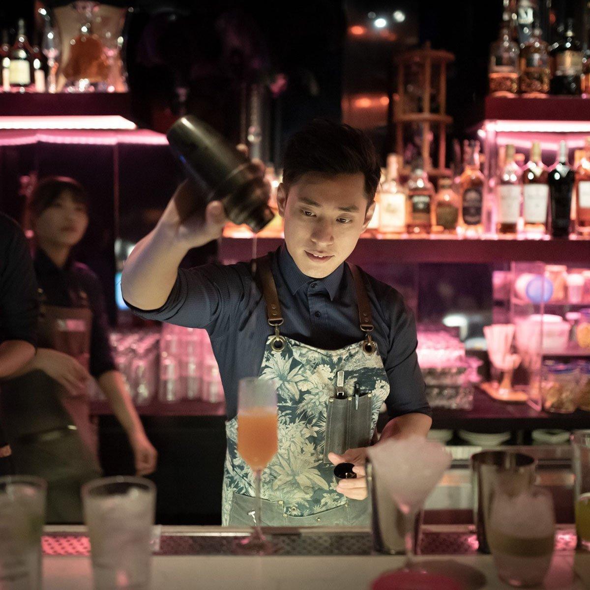 Frank Taipei  bartender