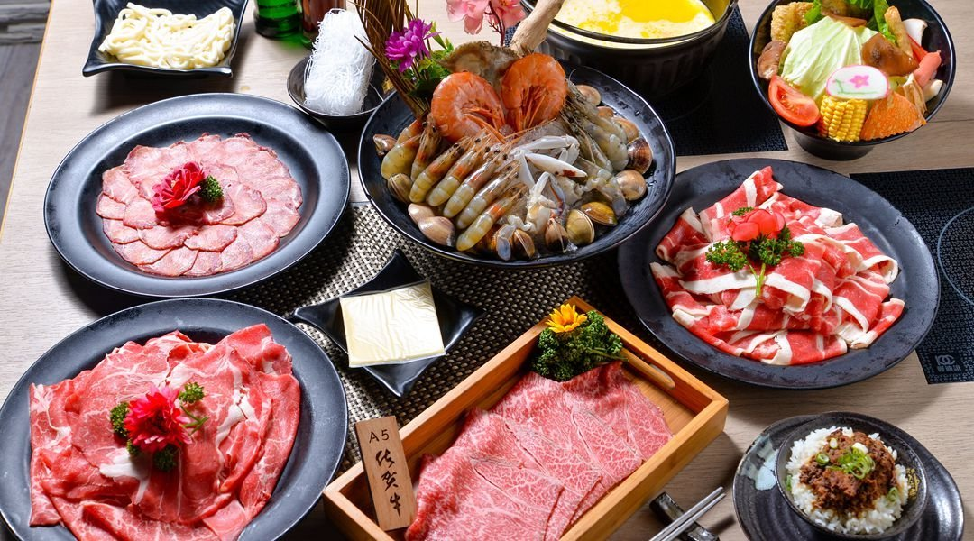 hot pot set and meat