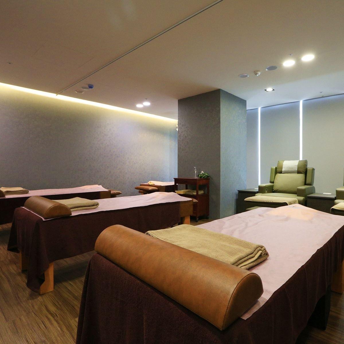massage-bed