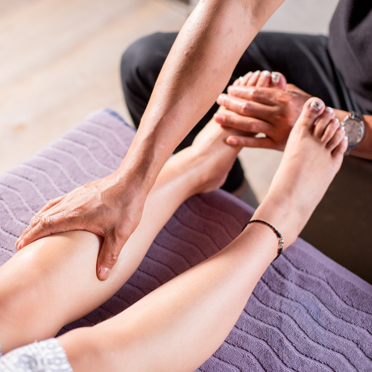 massager-and-foot-massage