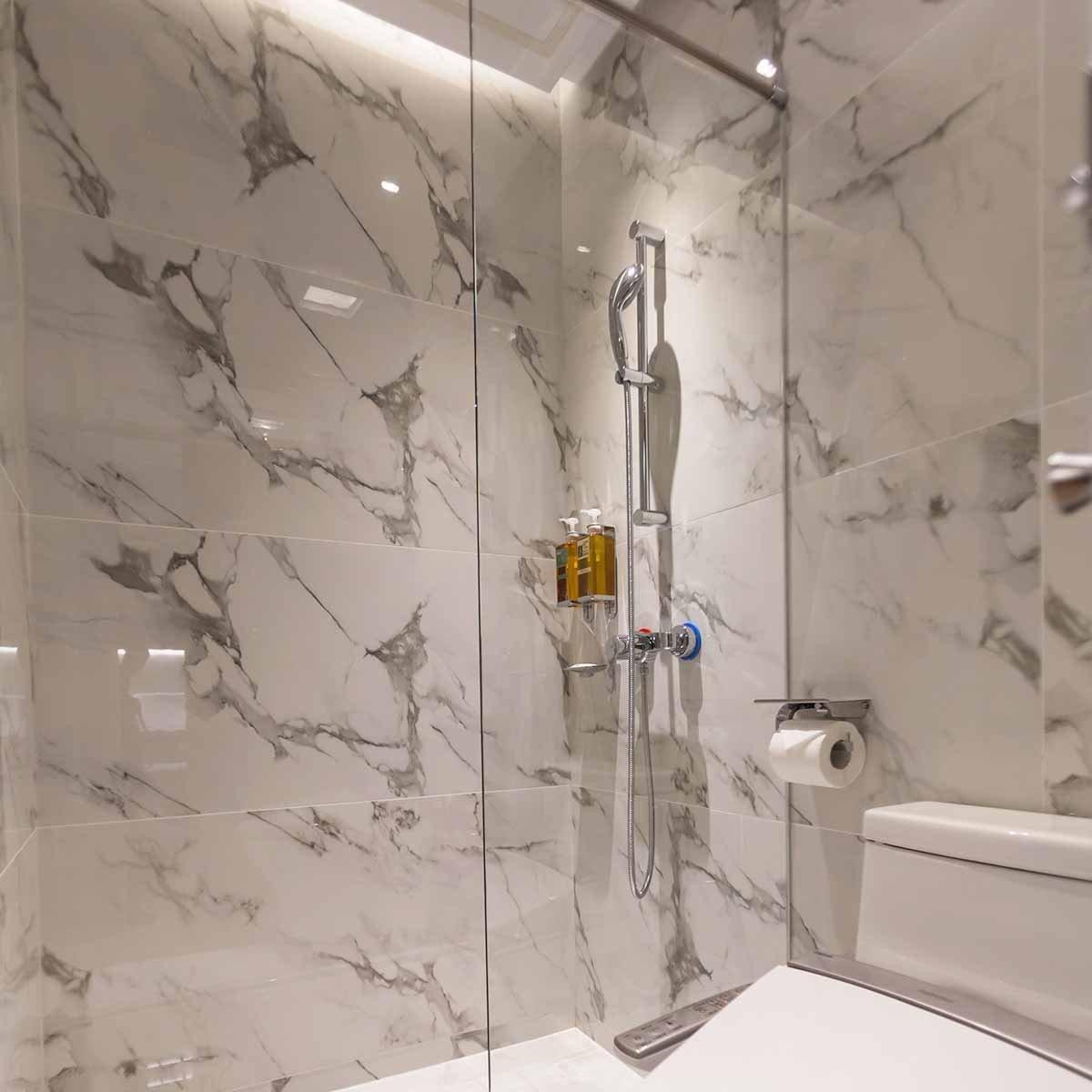 marble-style-bathroom