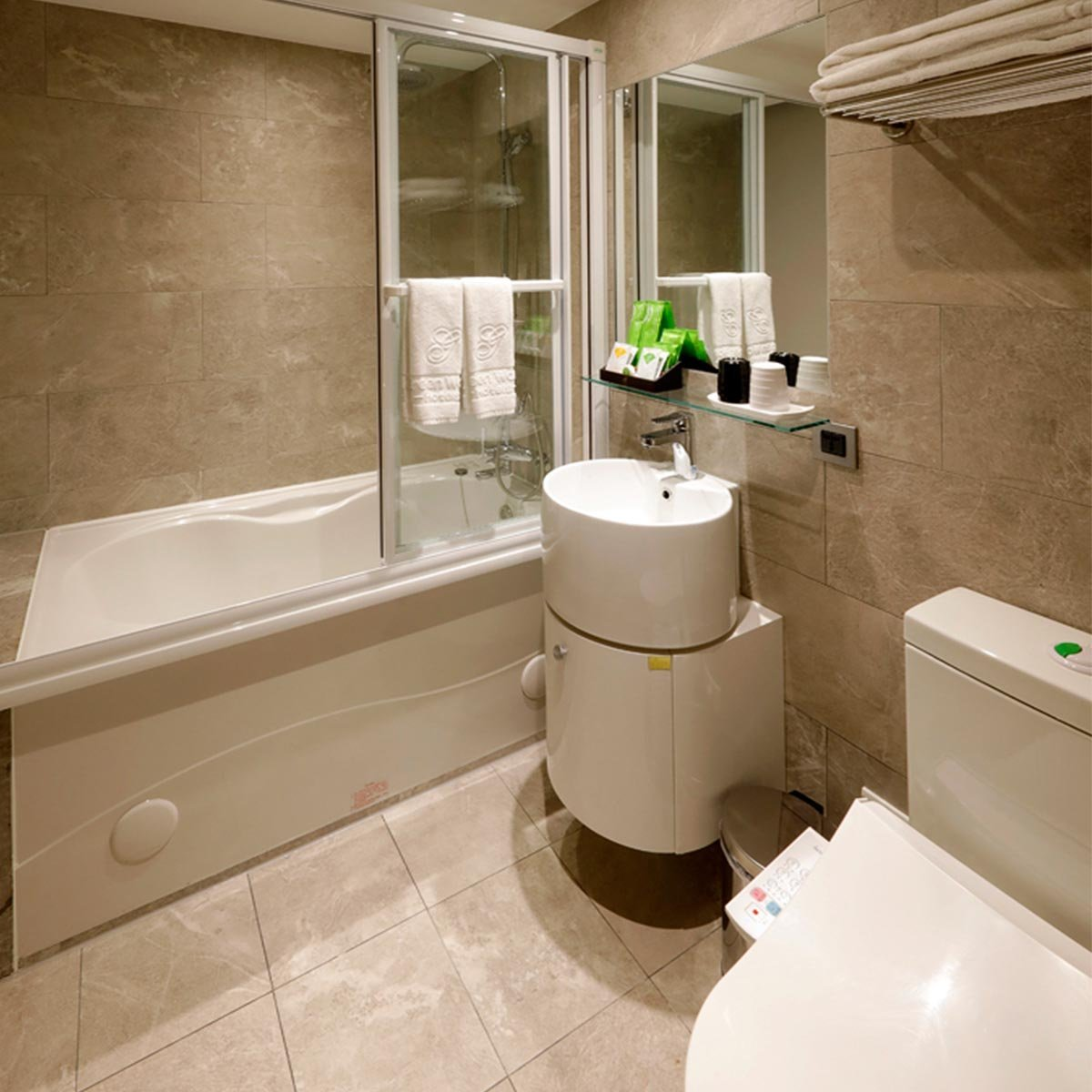 marble-bathtub